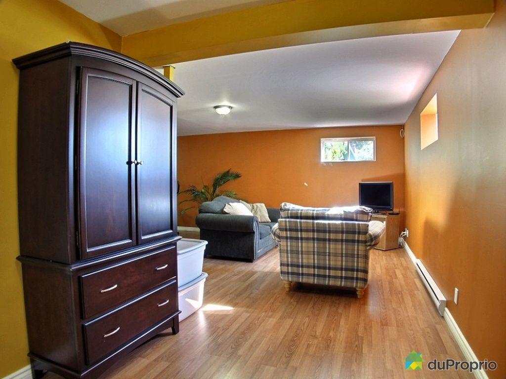 maison vendu brossard immobilier qu bec duproprio 456390. Black Bedroom Furniture Sets. Home Design Ideas