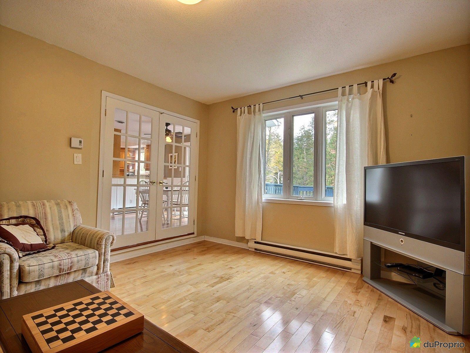 maison vendu cantley immobilier qu bec duproprio 186894. Black Bedroom Furniture Sets. Home Design Ideas