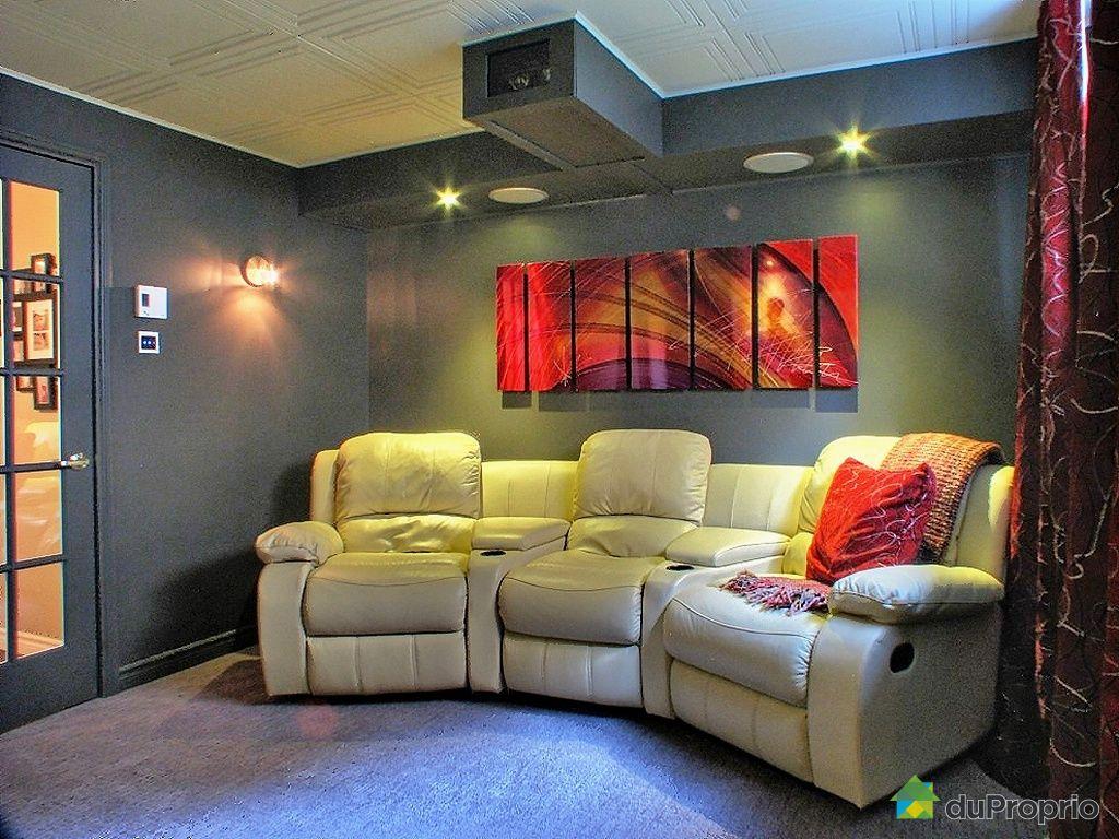 maison vendu chambly immobilier qu bec duproprio 379915. Black Bedroom Furniture Sets. Home Design Ideas