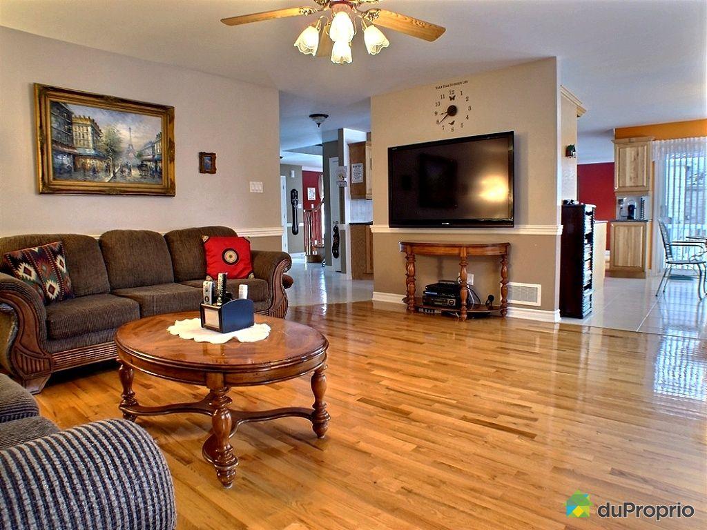maison vendre duvernay 3917 rue de l 39 adjudant. Black Bedroom Furniture Sets. Home Design Ideas