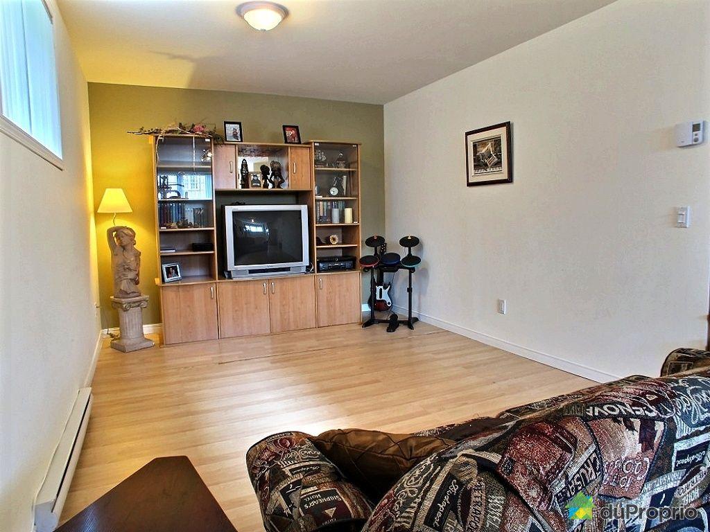 maison vendu l 39 ancienne lorette immobilier qu bec duproprio 461115. Black Bedroom Furniture Sets. Home Design Ideas