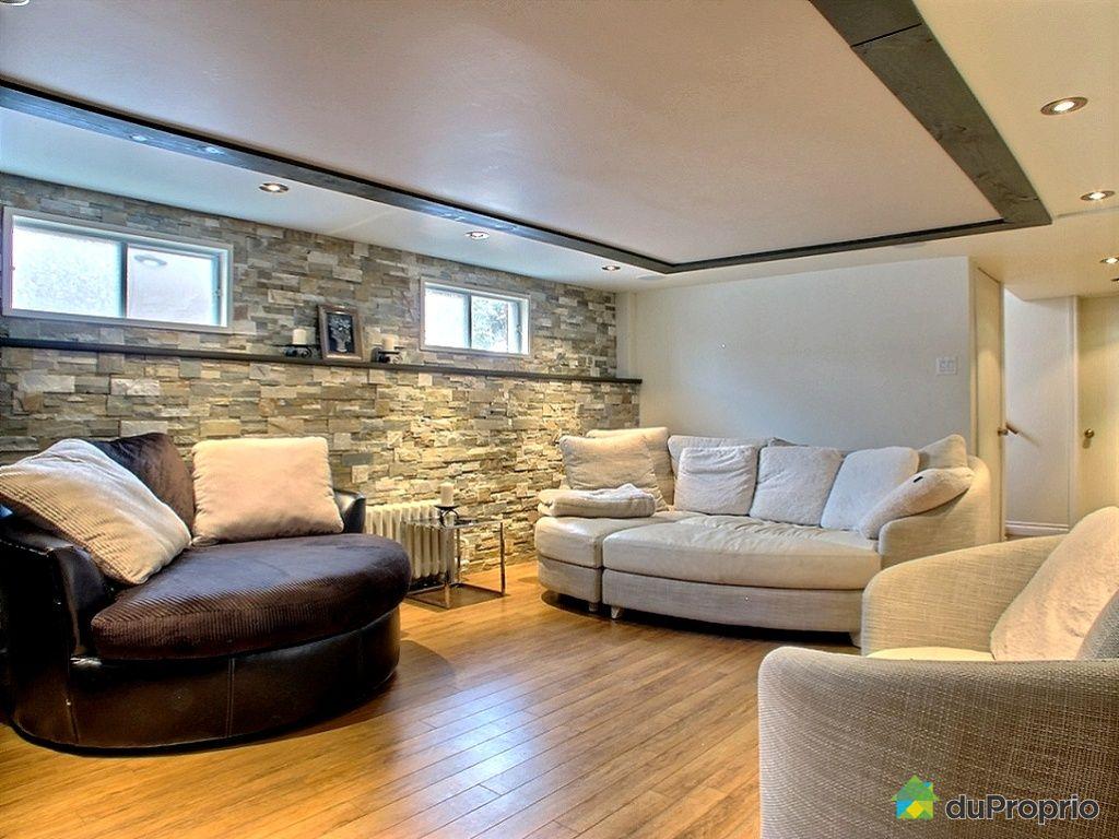 maison vendu magog immobilier qu bec duproprio 495857. Black Bedroom Furniture Sets. Home Design Ideas