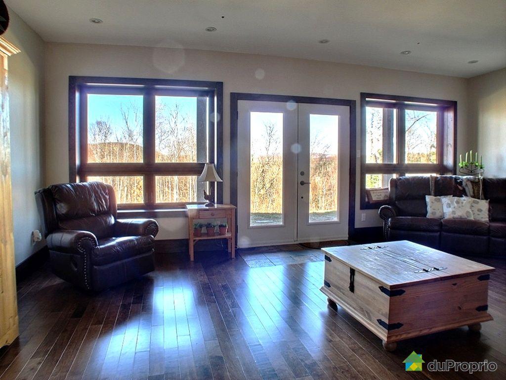maison vendu mont tremblant immobilier qu bec duproprio 313805. Black Bedroom Furniture Sets. Home Design Ideas