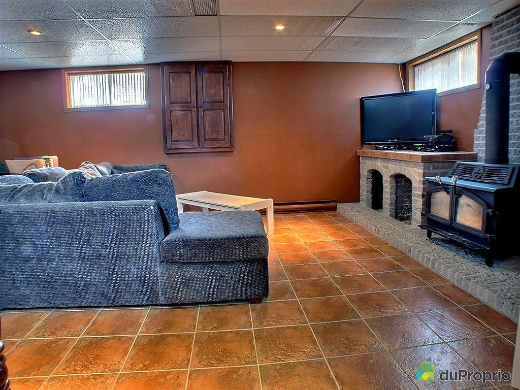 maison vendu sorel tracy immobilier qu bec duproprio 318203. Black Bedroom Furniture Sets. Home Design Ideas