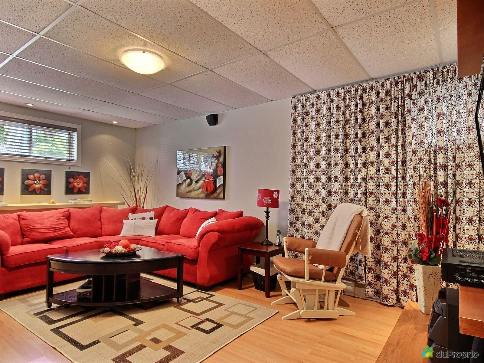 meuble de tv a vendre meubles de design d 39 inspiration pour la t l vision et d. Black Bedroom Furniture Sets. Home Design Ideas
