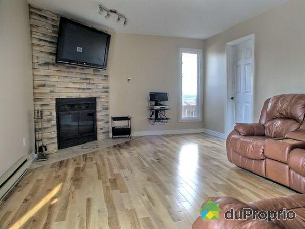 maison vendu ste julie immobilier qu bec duproprio 138613. Black Bedroom Furniture Sets. Home Design Ideas