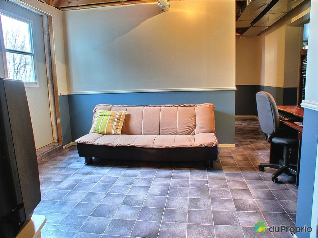 maison vendu ste rose de watford immobilier qu bec. Black Bedroom Furniture Sets. Home Design Ideas