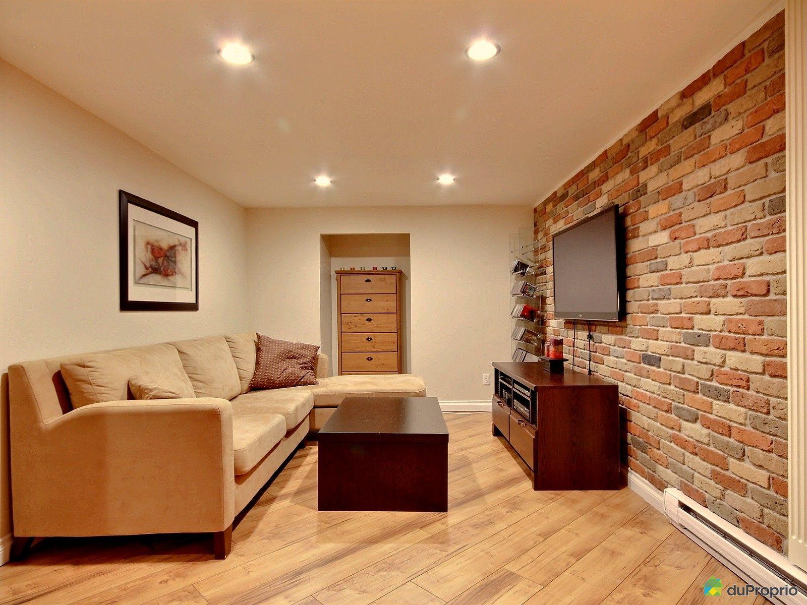 maison vendu ste therese immobilier qu bec duproprio 553523. Black Bedroom Furniture Sets. Home Design Ideas