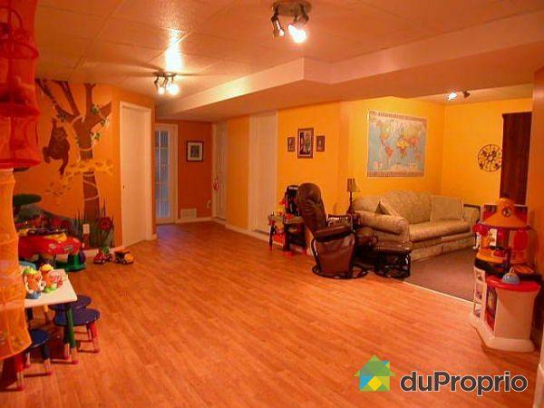 Maison vendu st romuald immobilier qu bec duproprio 66346 for Liquida meuble st romuald