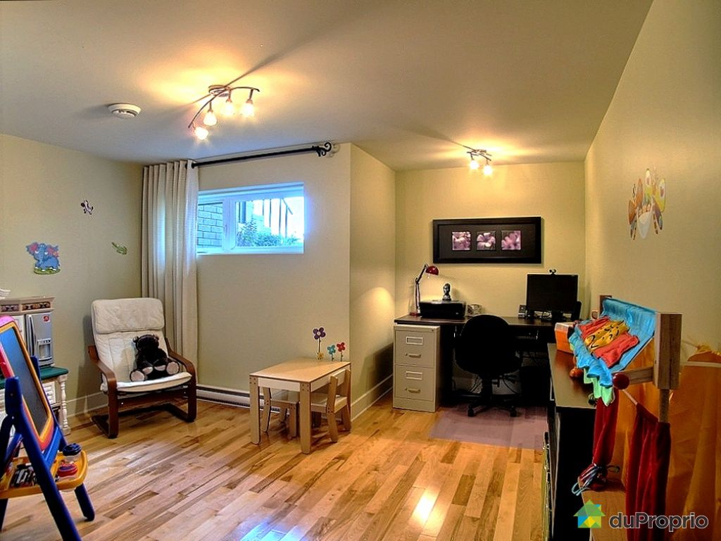 maison vendu montr al immobilier qu bec duproprio 439979. Black Bedroom Furniture Sets. Home Design Ideas