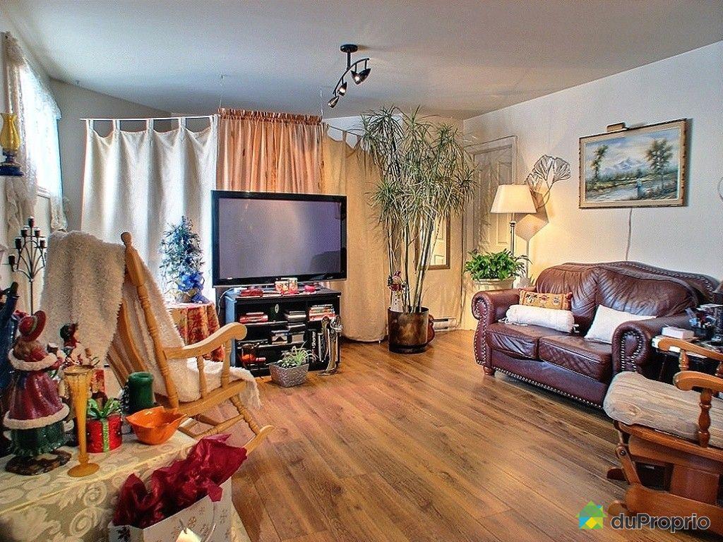 Duplex vendu carignan immobilier qu bec duproprio 364313 for Salon du logement