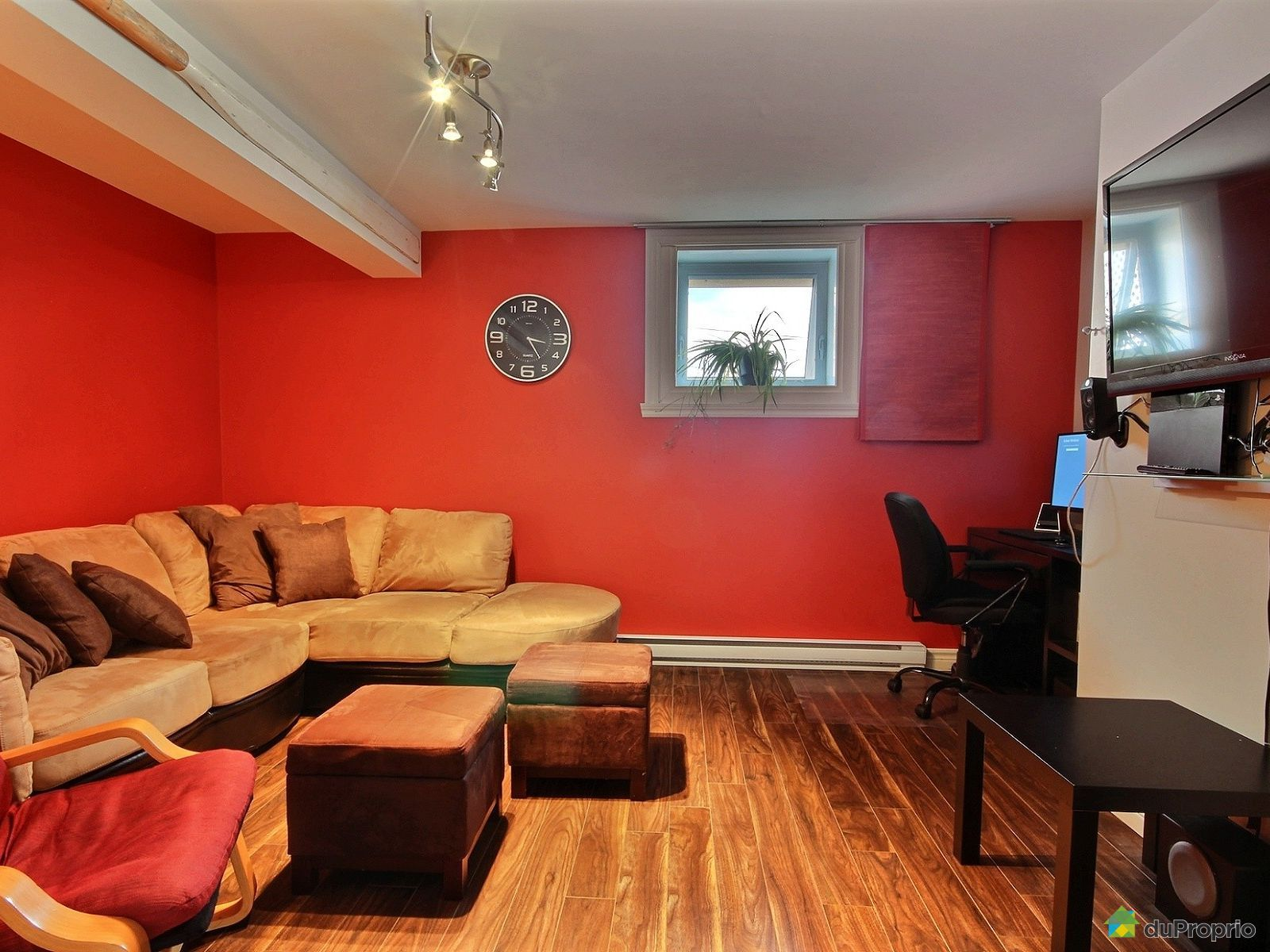 Maison vendre l 39 ancienne lorette 1428 rue notre dame for Salon du logement