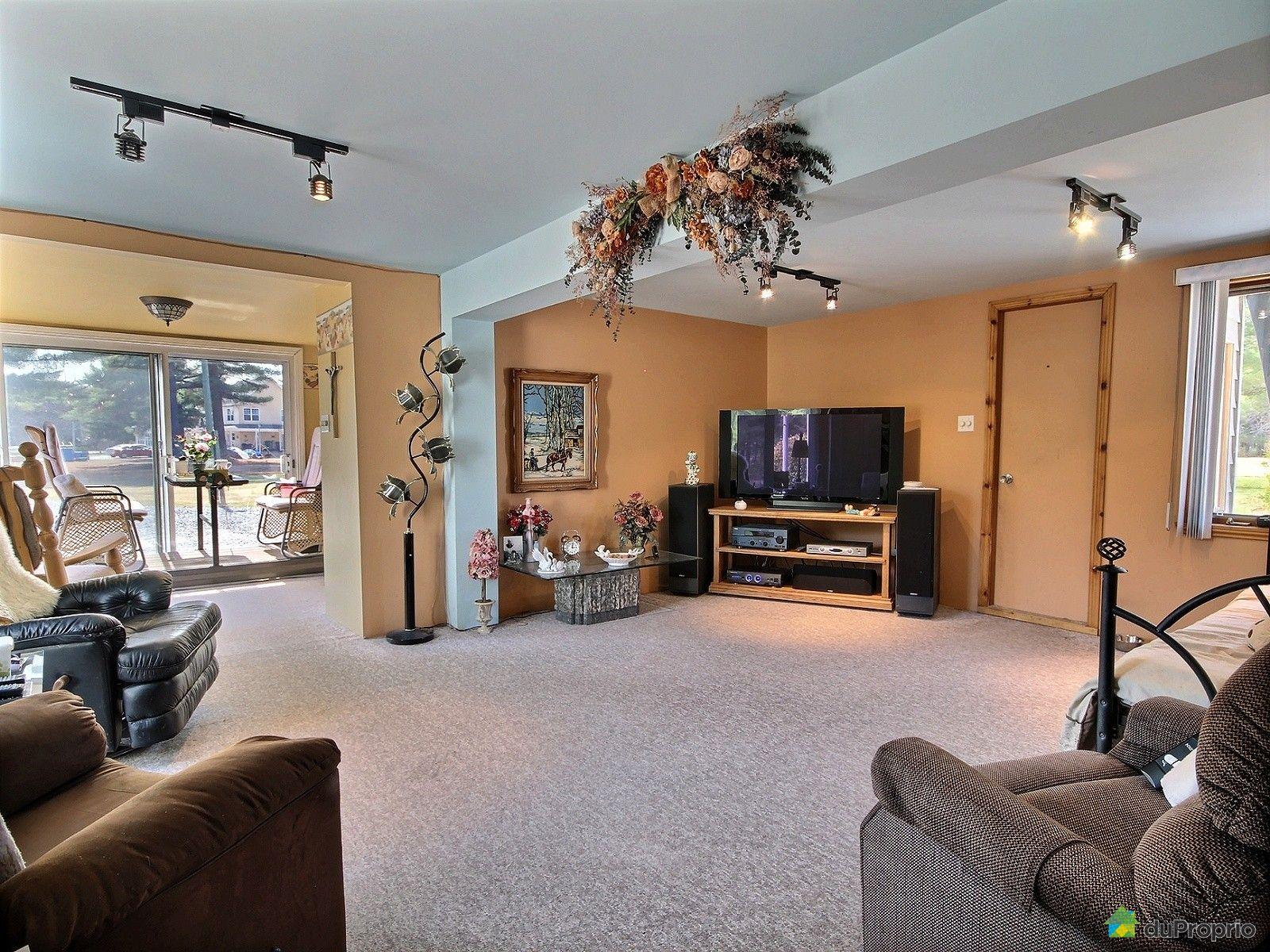 Maison vendre st raymond 349 route corcoran immobilier for Salon du logement
