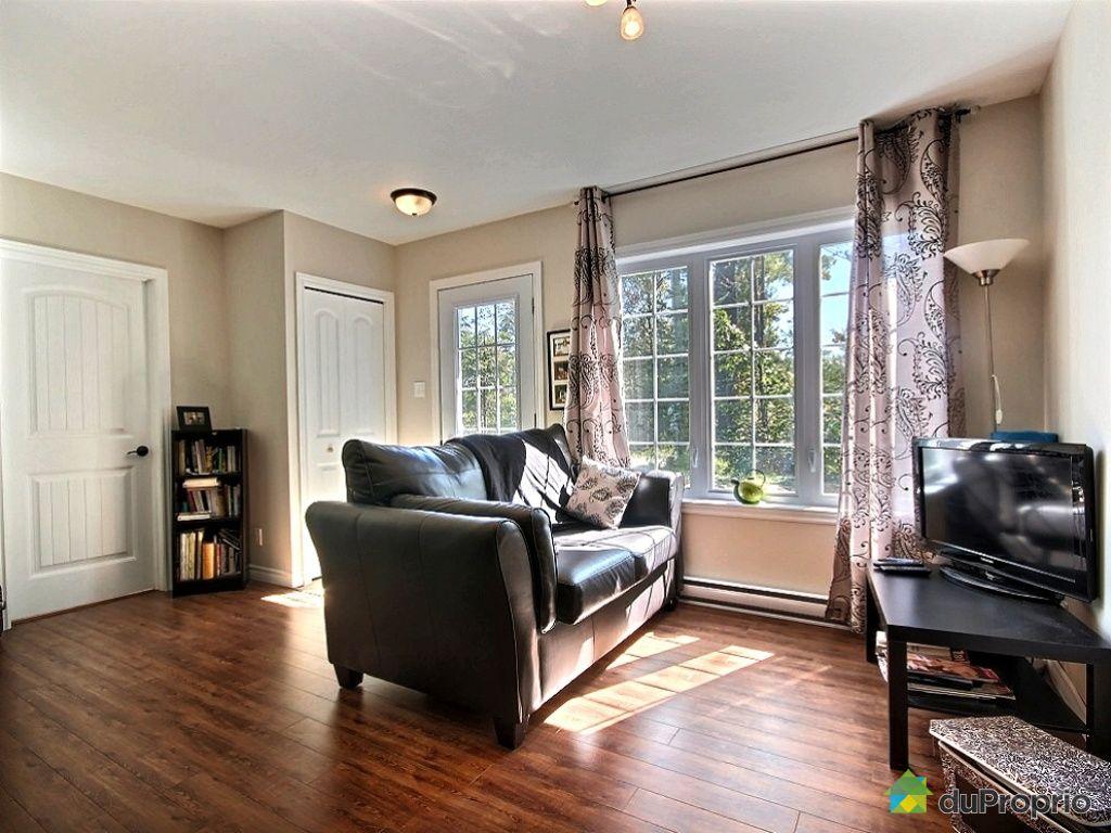 Maison vendu ste ad le 1350 rue cartier immobilier for Salon maison de campagne