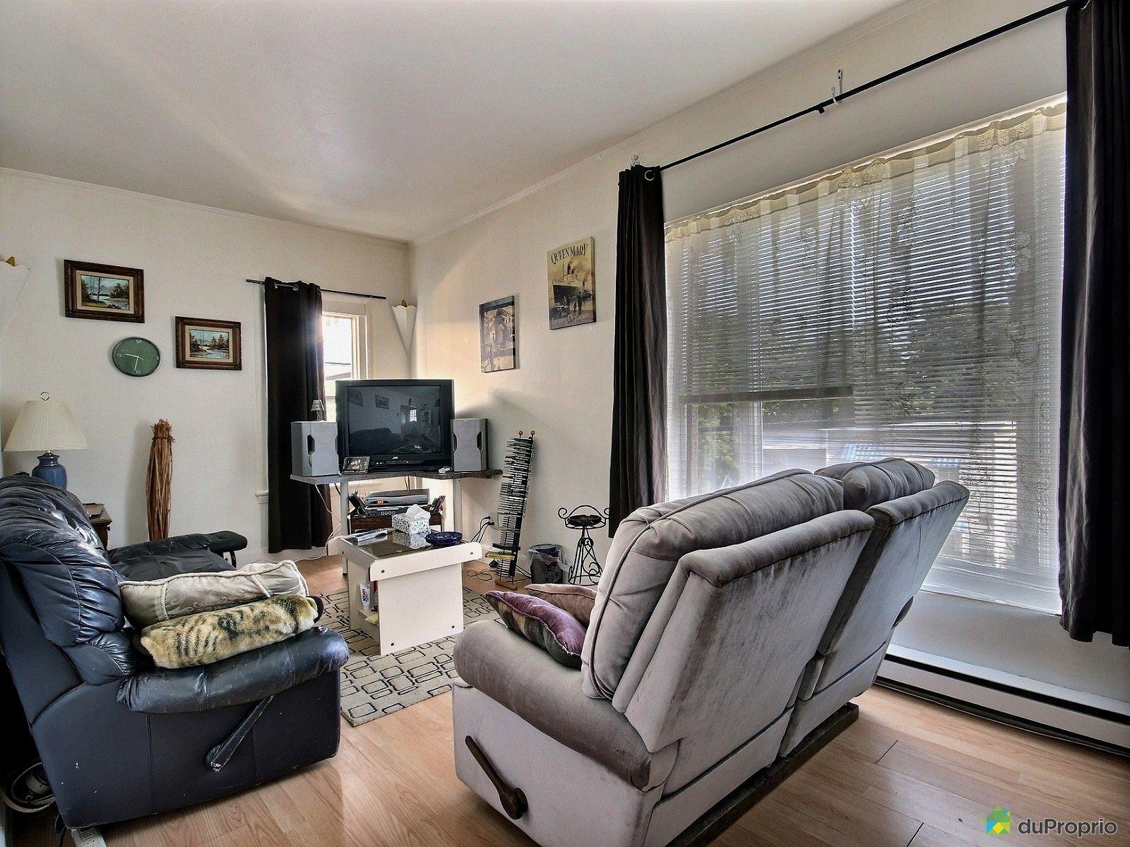 Quadruplex vendre sherbrooke 584 rue short immobilier for Salon du logement