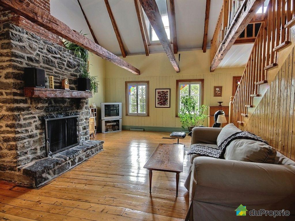 Maison vendu ile d 39 orleans st jean immobilier qu bec duproprio 426643 - Piscine couverte maison orleans ...