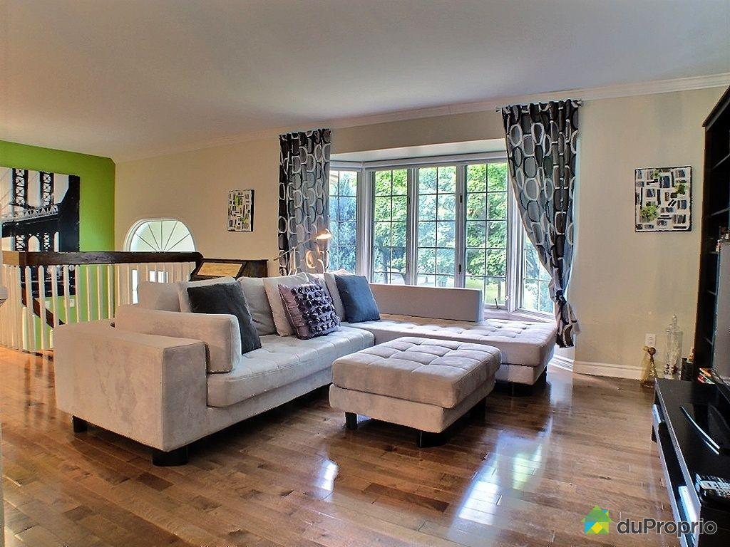 bungalow sur lev vendu candiac immobilier qu bec duproprio 350714. Black Bedroom Furniture Sets. Home Design Ideas