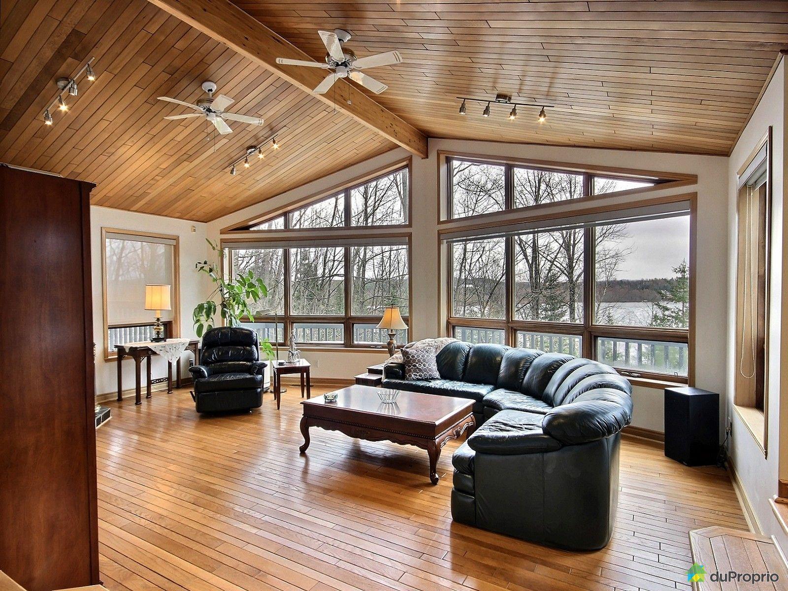 bungalow sur lev vendre canton de stanstead 227 chemin des bosquets fleuris immobilier. Black Bedroom Furniture Sets. Home Design Ideas