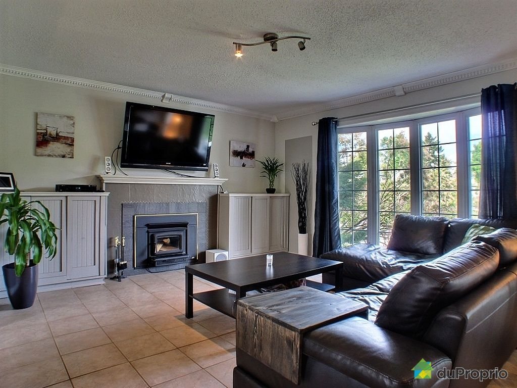 bungalow sur lev vendu gatineau immobilier qu bec duproprio 428796. Black Bedroom Furniture Sets. Home Design Ideas