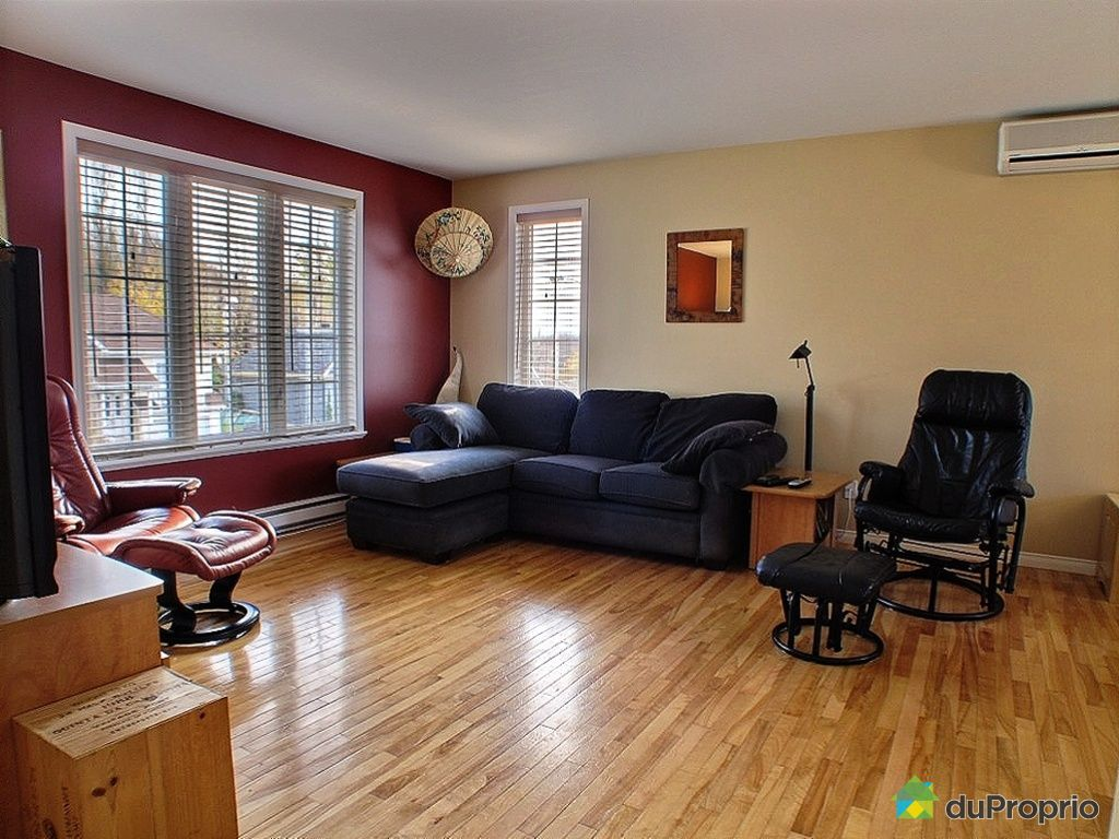 bungalow sur lev vendu st augustin de desmaures 475 rue du brome immobilier qu bec. Black Bedroom Furniture Sets. Home Design Ideas