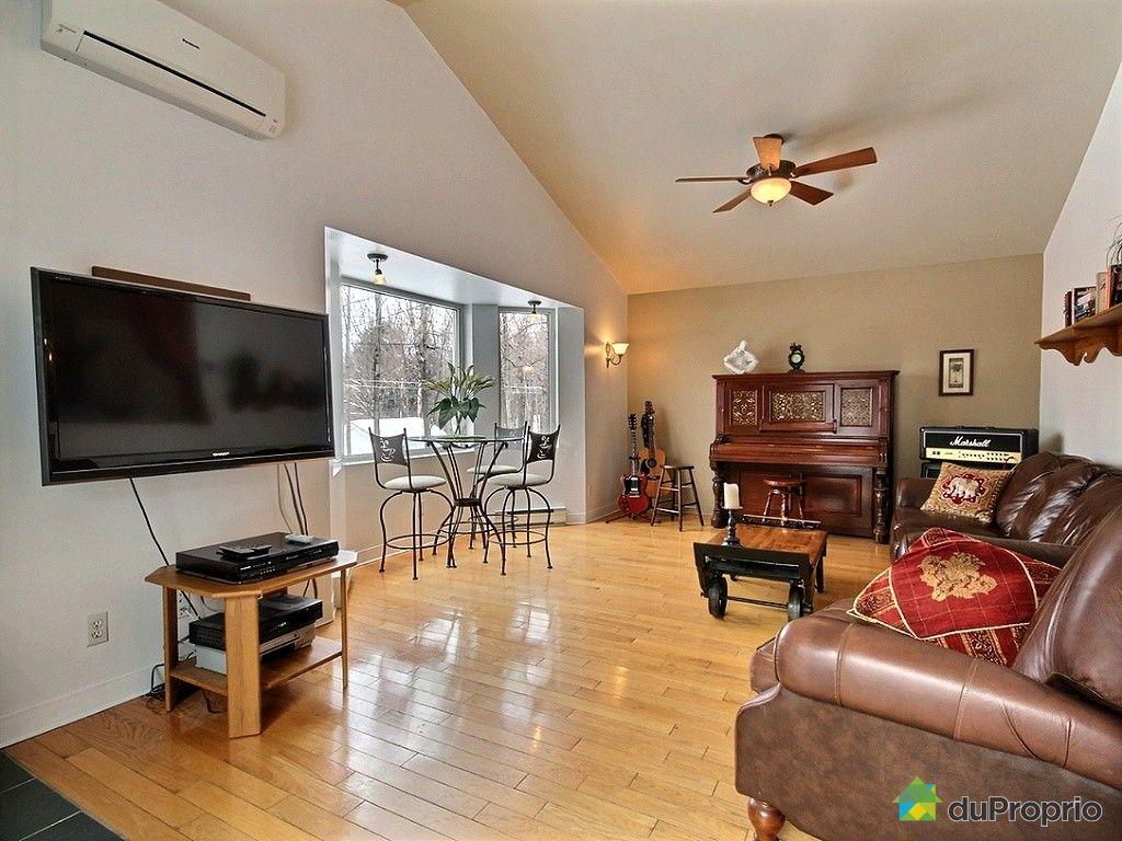 bungalow sur lev vendu st augustin de desmaures immobilier qu bec duproprio 489090. Black Bedroom Furniture Sets. Home Design Ideas