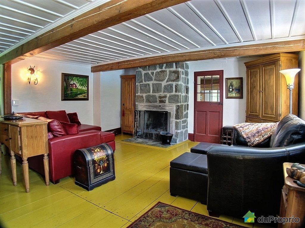 Maison vendu carignan immobilier qu bec duproprio 429857 for Salon maison de campagne