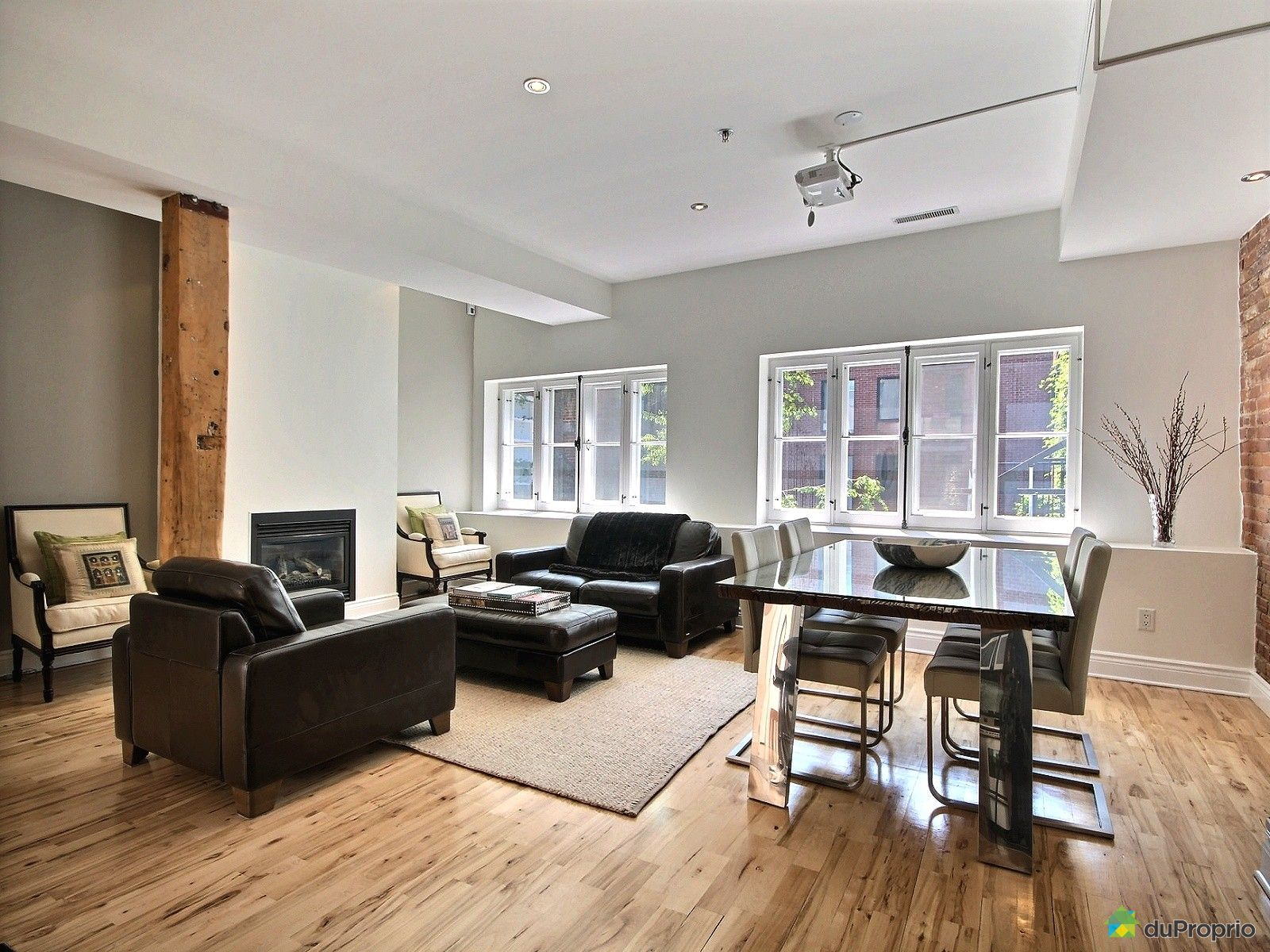 Condo vendu montr al immobilier qu bec duproprio 611625 for Salle a manger a montreal