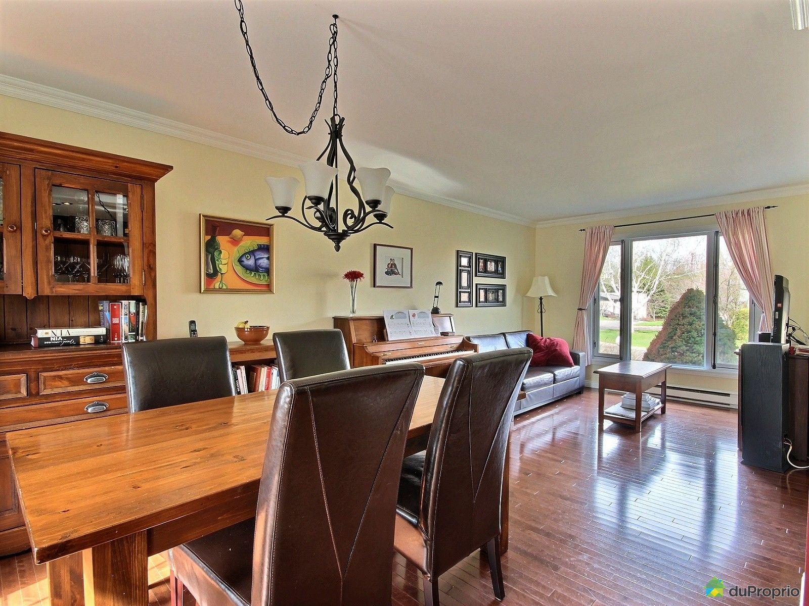 Maison vendu l vis immobilier qu bec duproprio 518870 for Salle a manger levi