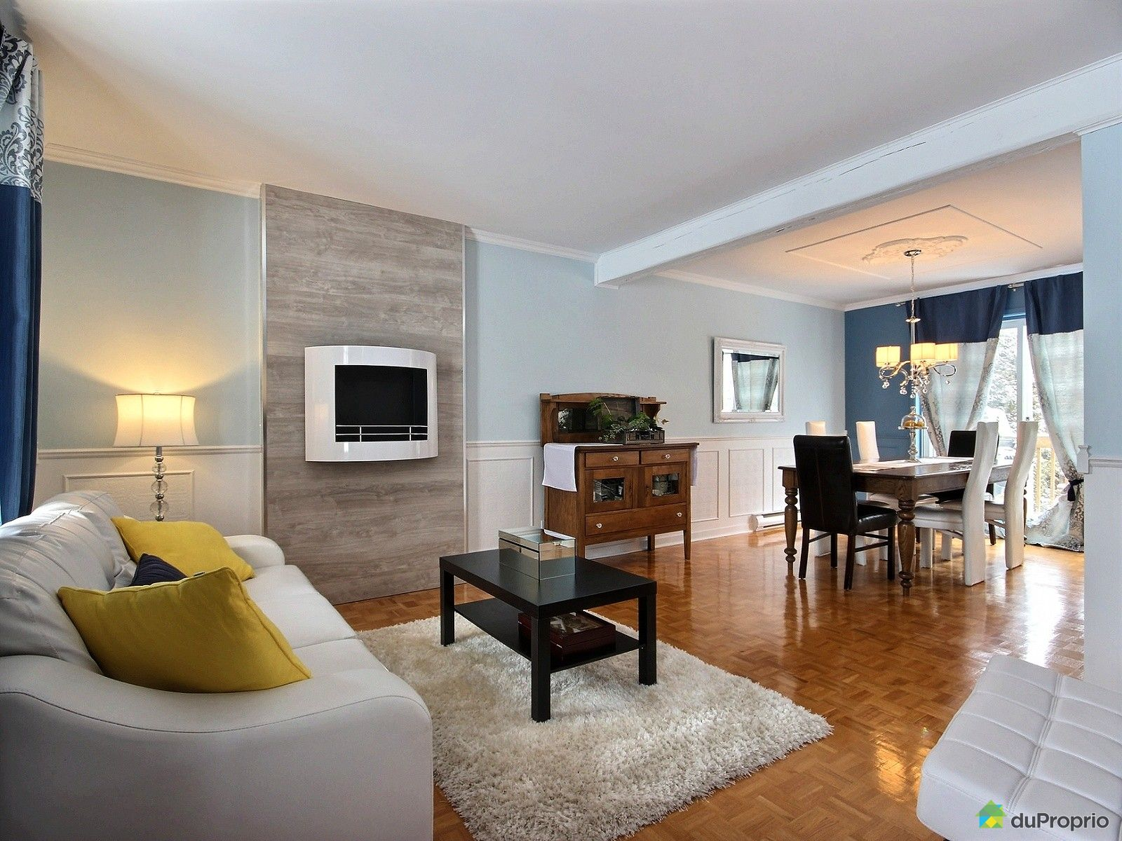 Maison vendre repentigny 1048 rue de namur immobilier for Salle a manger namur