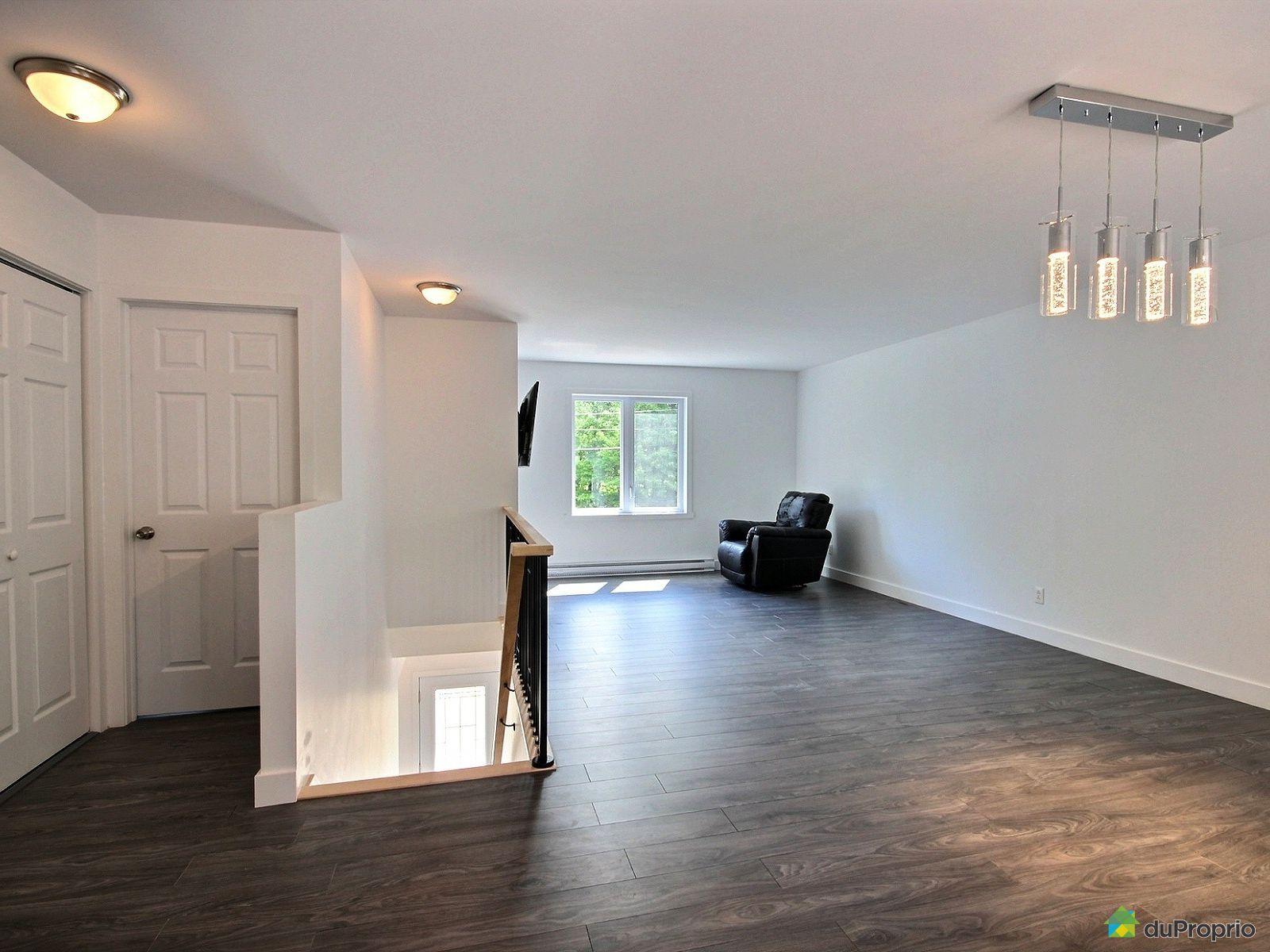 Maison vendre st alphonse de granby 120 rue gilbert immobilier qu bec d - Maison a vendre a spa ...