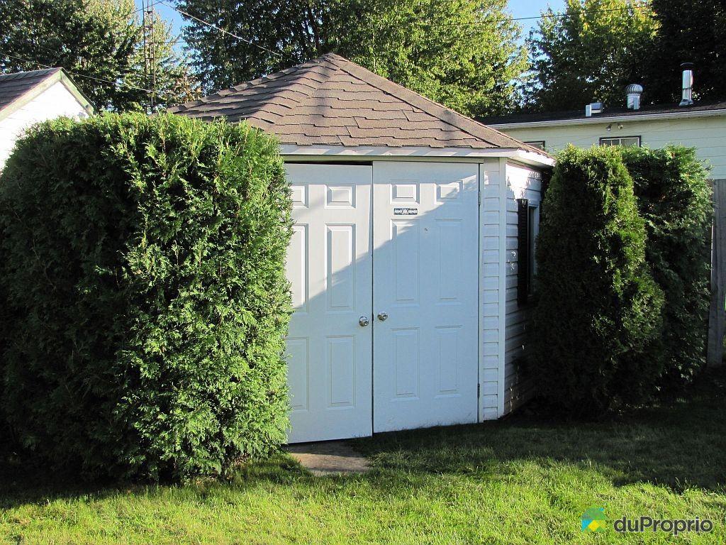 Storage sheds quebec type for Large sheds for sale