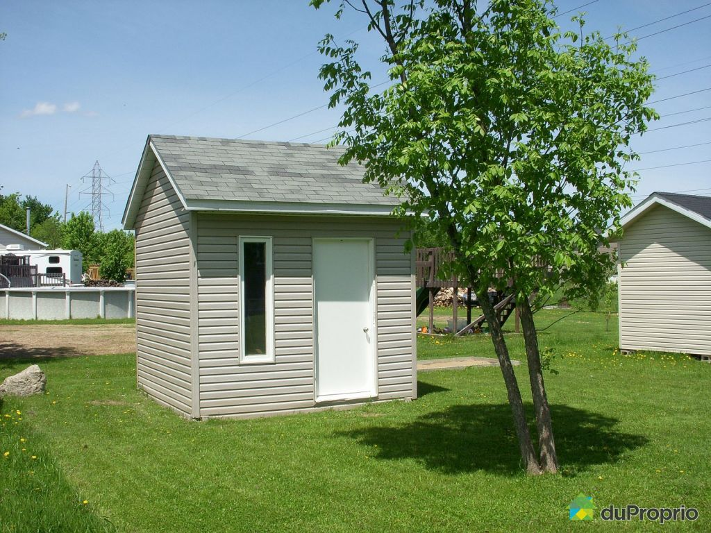 Build a shed on skids free insulated dog house plans 2 for Large sheds for sale