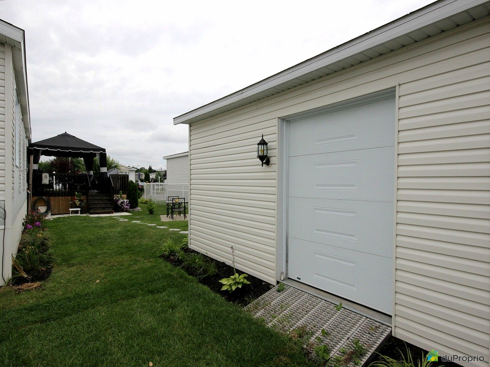 House sold in st philippe duproprio 418647 for 12x14 garage door for sale