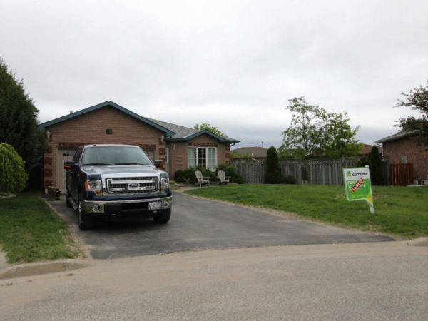 house sold in barrie comfree 504144
