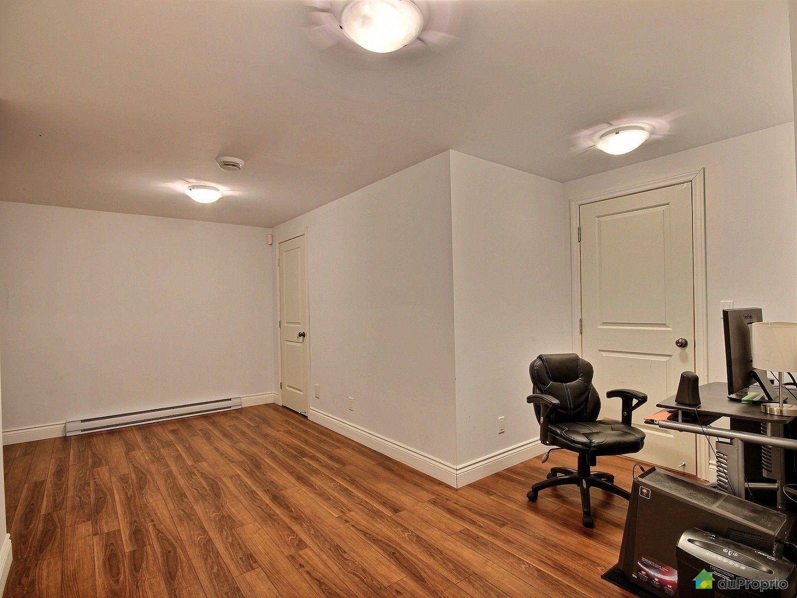 bi g n ration vendu lavaltrie immobilier qu bec duproprio 585700. Black Bedroom Furniture Sets. Home Design Ideas