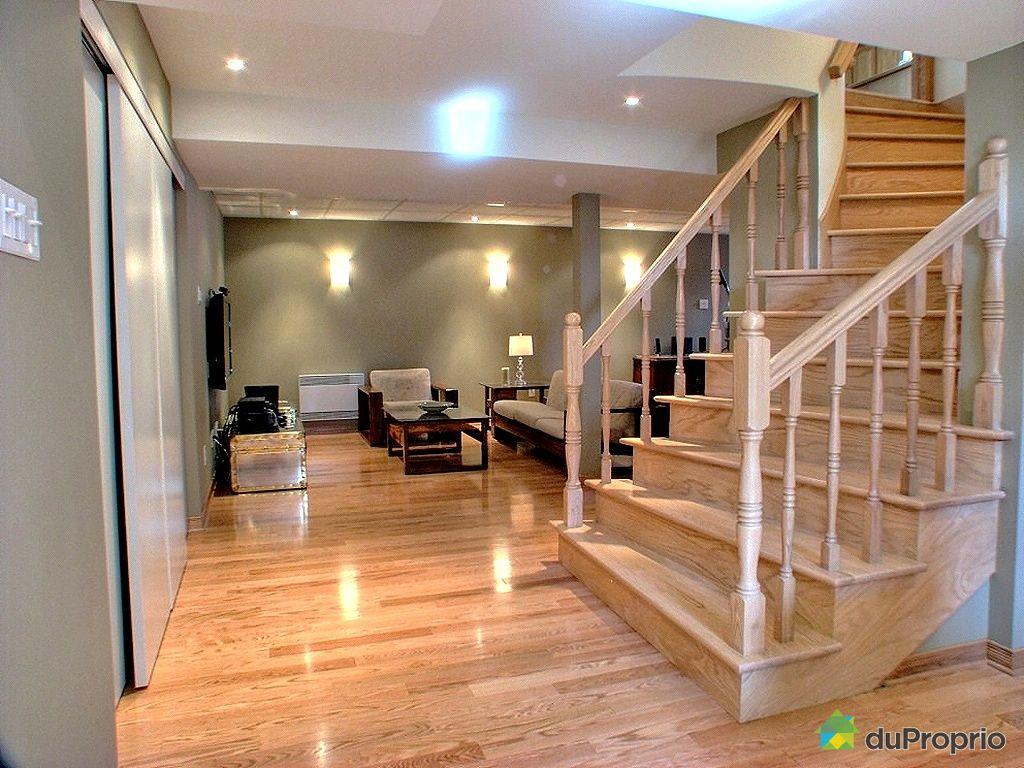amnagement sous sol maison cool salle de jeu la maison amnagement et dcoration parfaits en ides. Black Bedroom Furniture Sets. Home Design Ideas