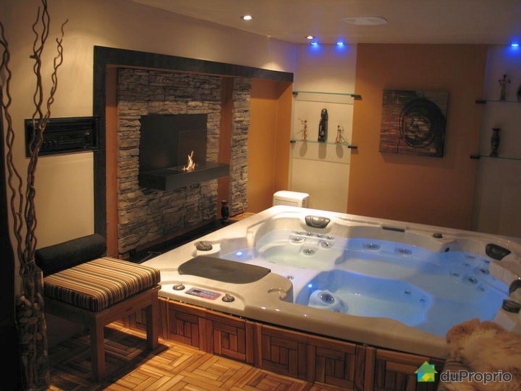 maison vendre terrebonne 2400 rue charbonneau. Black Bedroom Furniture Sets. Home Design Ideas
