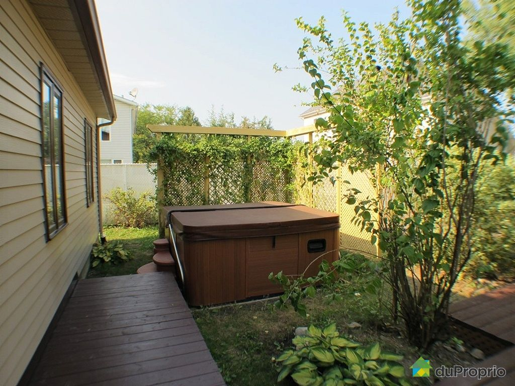 Maison vendu fabreville immobilier qu bec duproprio 359467 - Spa 2 places a vendre ...