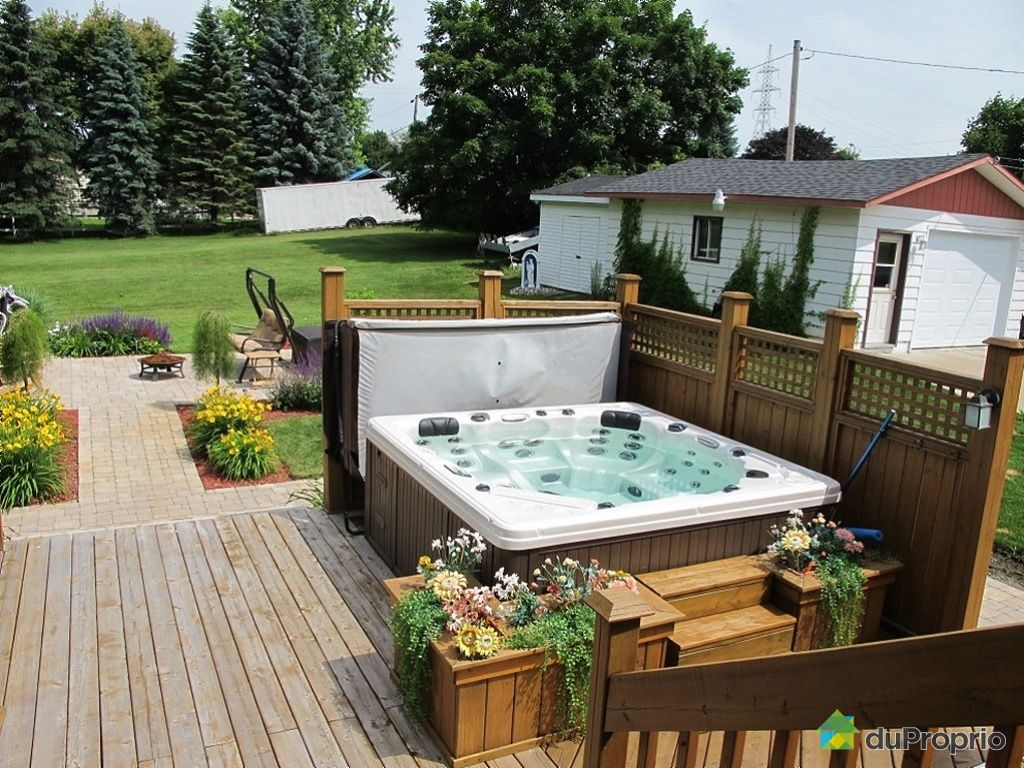 1000 images about spa on pinterest spas hot tubs and for Patio exterieur modele