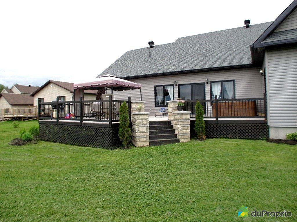 Terrasse sur lev e limite propri t conception carte for Agrandissement maison limite de propriete