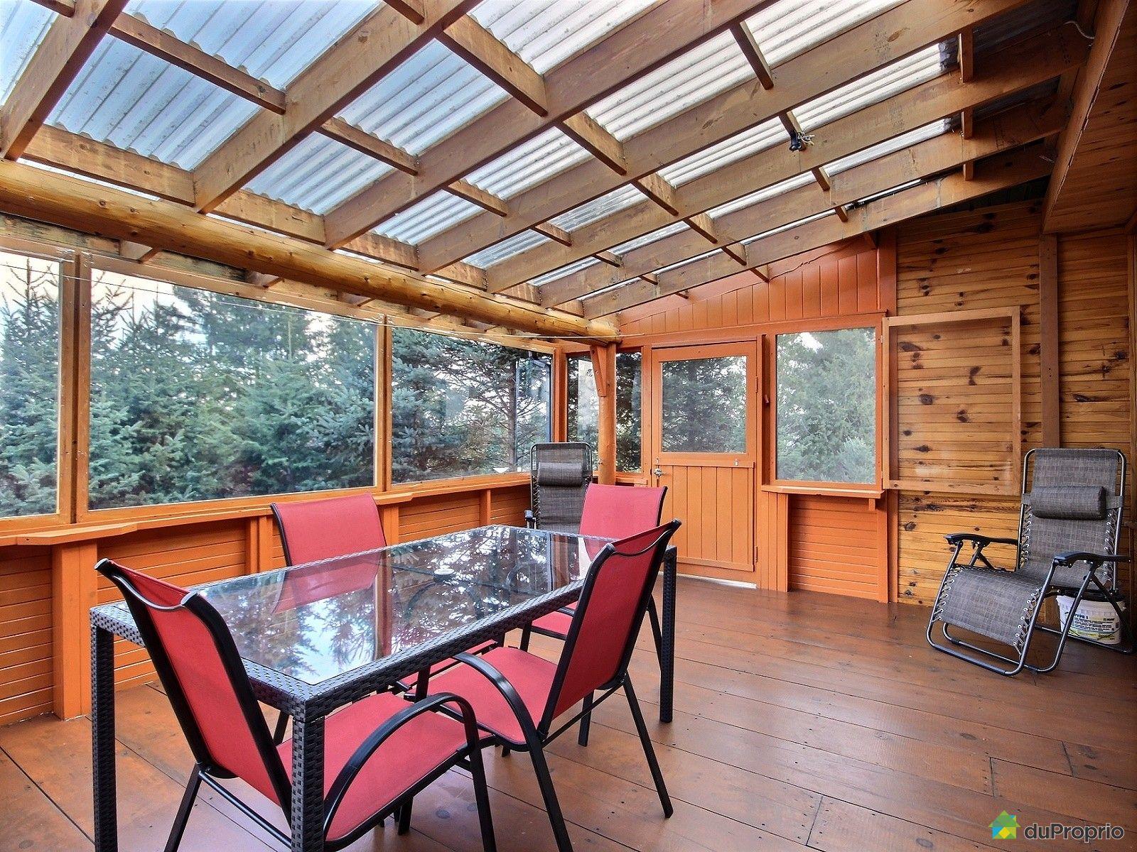 domaine et villa vendre st sauveur 1477 2e rue du lac. Black Bedroom Furniture Sets. Home Design Ideas