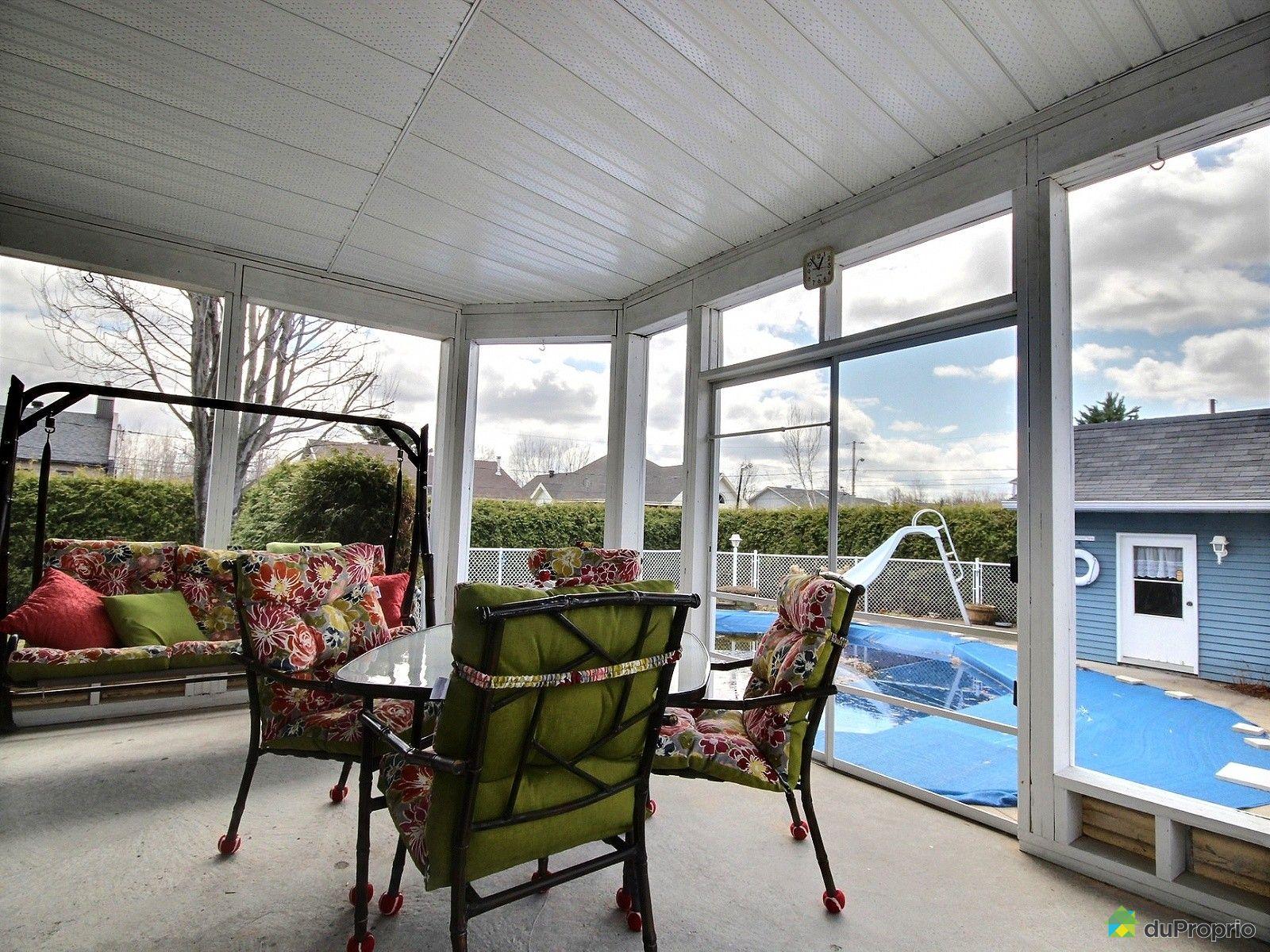 Maison vendre shawinigan sud 2440 avenue adrienne for Club piscine shawinigan sud
