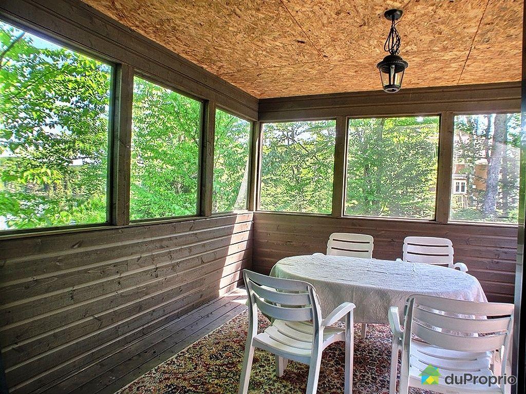 bungalow sur lev vendu st adolphe d 39 howard immobilier qu bec duproprio 338682. Black Bedroom Furniture Sets. Home Design Ideas