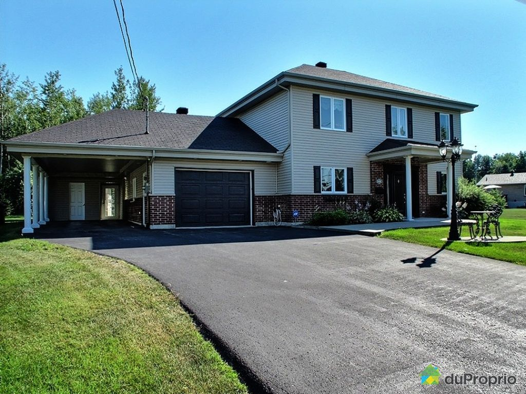 maison vendu roxton pond immobilier qu bec duproprio 403145. Black Bedroom Furniture Sets. Home Design Ideas