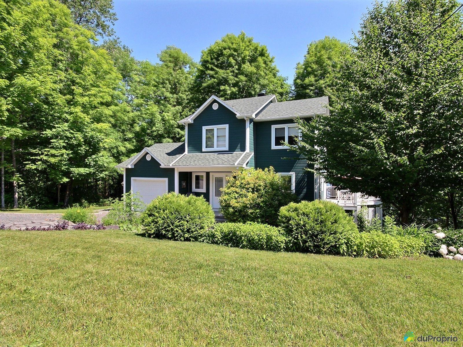Maison a vendre lac waterloo proprietes etangs a for Cherche maison ou appartement a acheter