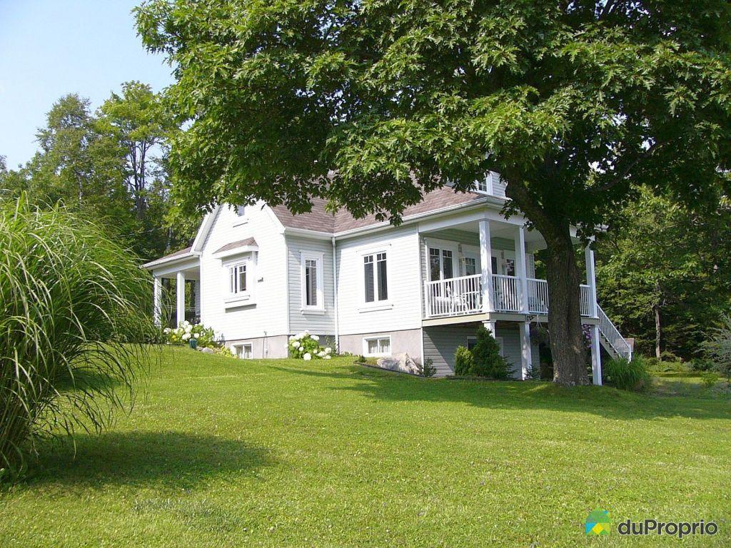 Maison vendu saints martyrs canadiens immobilier qu bec for Annonceur maison du canadien
