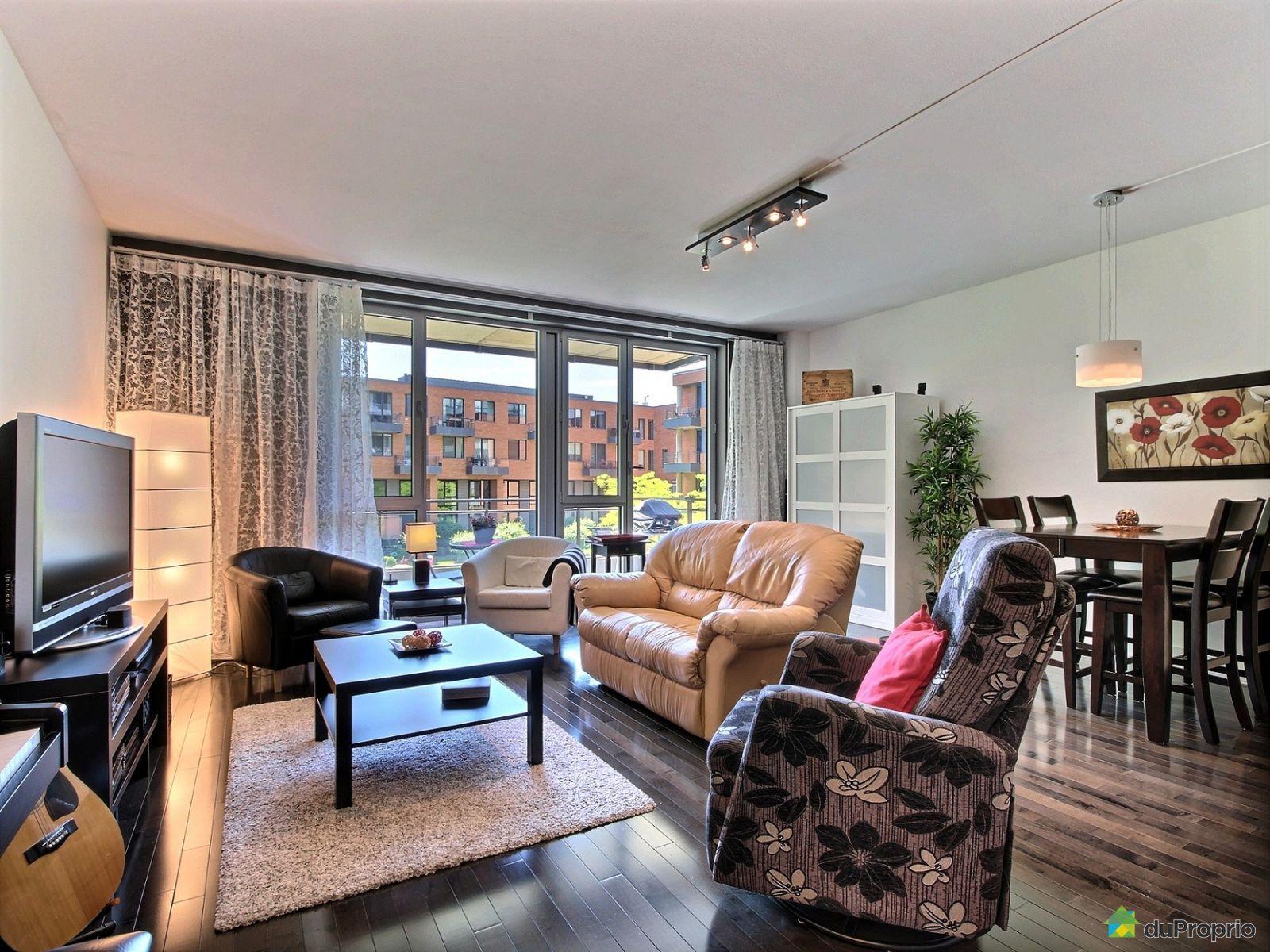 Condo vendre montr al 209 859 rue de la commune est for Appartement avec piscine montreal