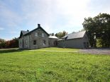 Country home in Kingston, Kingston / Pr Edward Co / Belleville / Brockville
